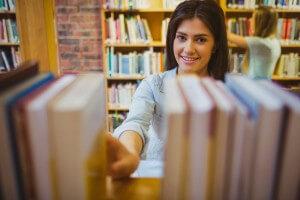 מציאת מאמרים אקדמיים בגוגל סקולר
